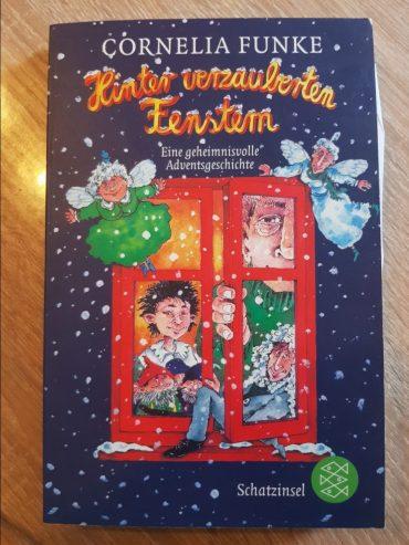 Hinter verzauberten Fenstern – Cornelia Funke